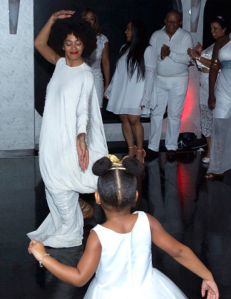 Tina-Knowles-and-Richard-Lawson-Wedding-Blue-Ivy-and-Solange-Dancing